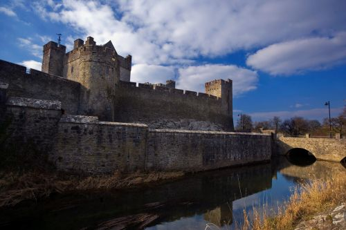 Cahir Castle Co Tipperary