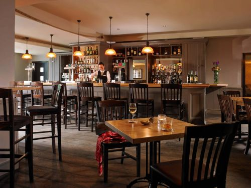 actons-hotel-kinsale-sidneys-bar